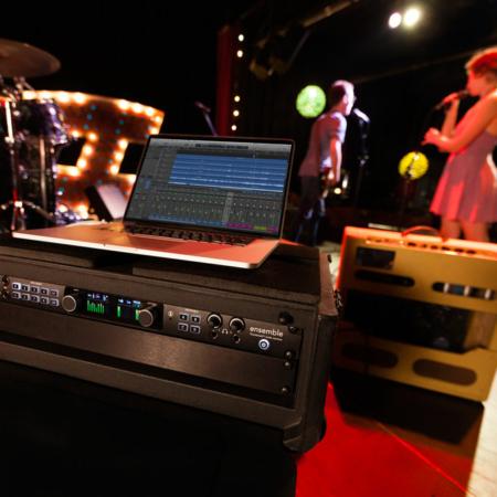 Ensemble_Thunderbolt_On_Stage_1000