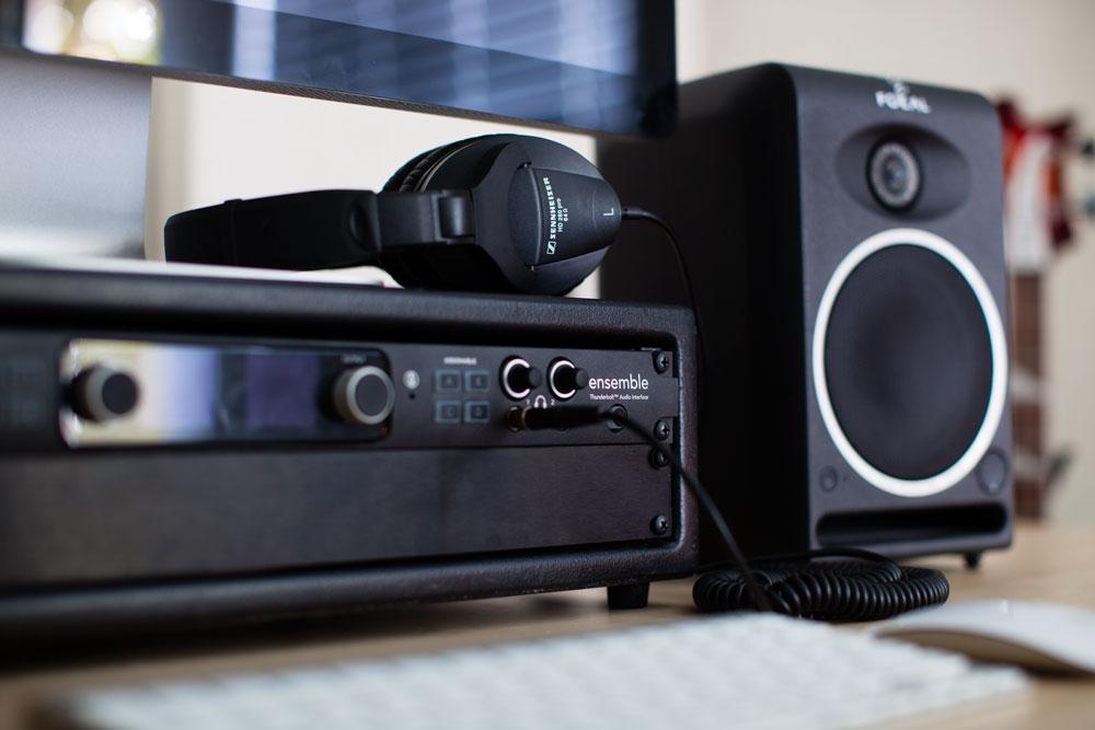 Ensemble_Thunderbolt_Home_Studio_Headphones_1000