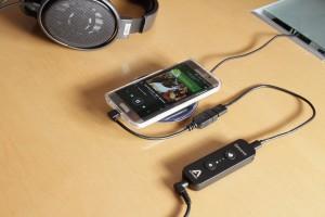 apogee-groove-samsung-s6-edge-charger-1200x800-1030x687